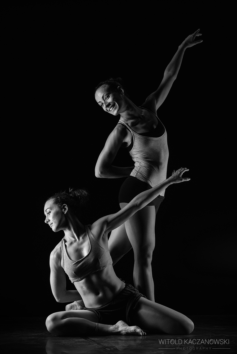 Two Dancers (Venice, Italy)