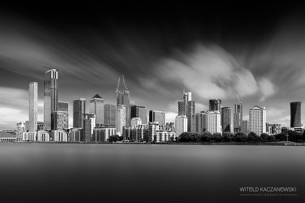 Canary Wharf skyline (London, UK)