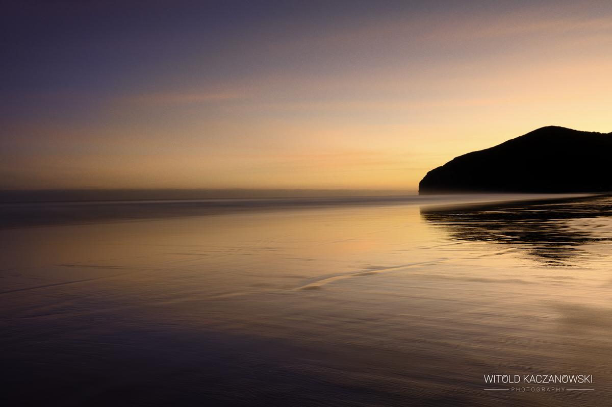 Berria Beach sunrise (Cantabria, Spain)